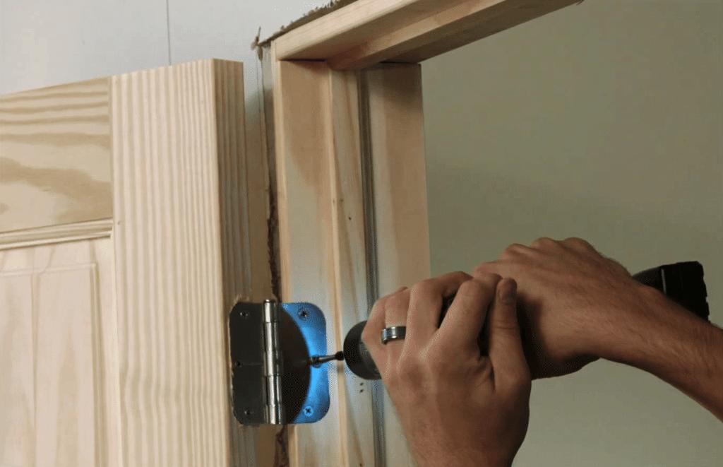 Как устанавливаются межкомнатные двери?